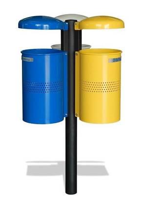 CESTINO MIRANDA per raccolta differenziata con n.3 cestini con tettucci ribaltabili e palo centrale