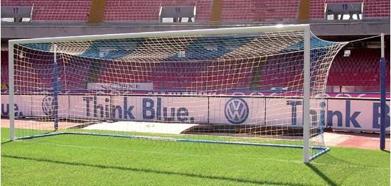 Coppia Porte Calcio mt. 7,32x2,44 alluminio con pali reggirete posteriori distanziati