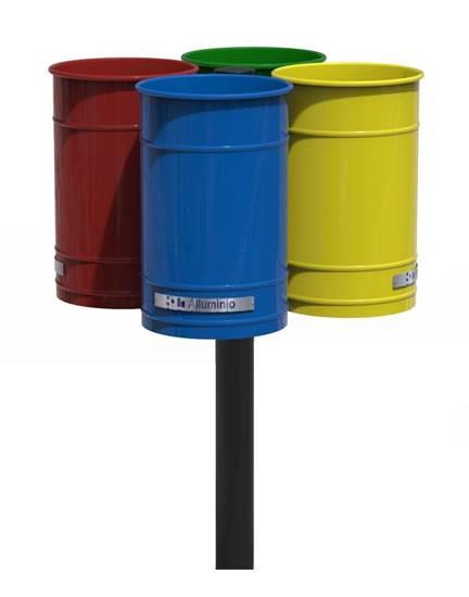 CESTINO TERMINAL per raccolta differenziata con n.4 cestini e palo centrale